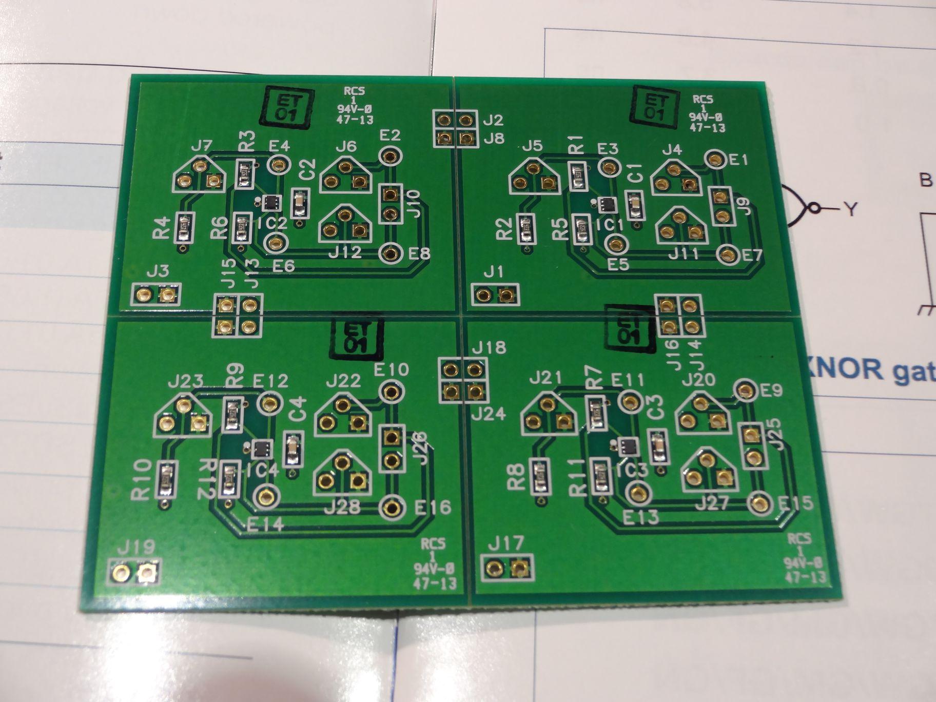 Selfclue Tag Electronics Venerable Crystal Radio Circuit Is A Selfpowered Envelope Detector Axp1g57 Configurable Logic Demo Board