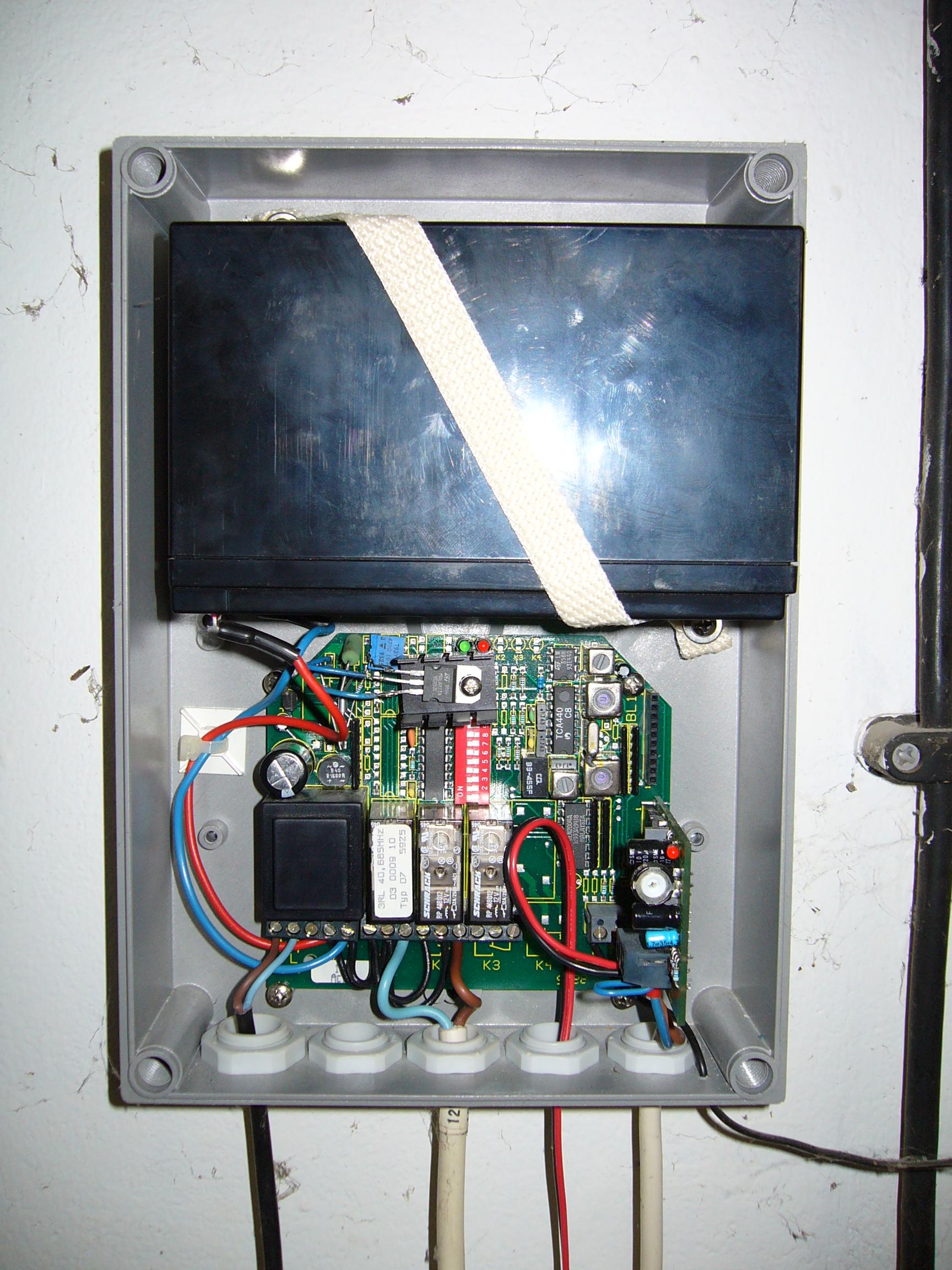 Hacking A Garage Door Motor Control System
